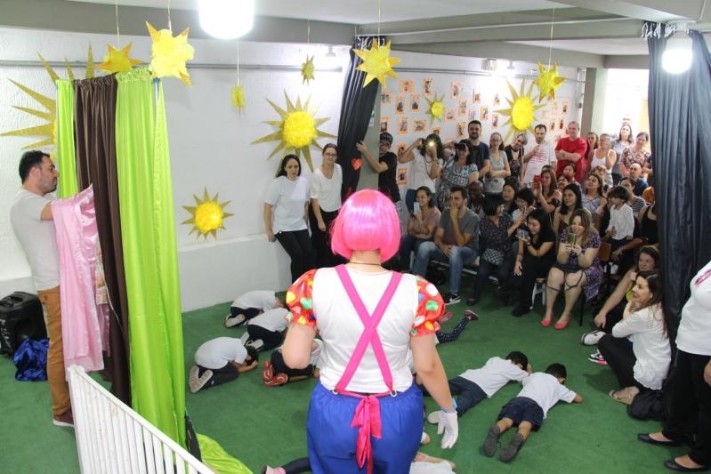 Escola Ensino Infantil Teatro Preços Conjunto Residencial Sabará - Escola Bilíngue Infantil