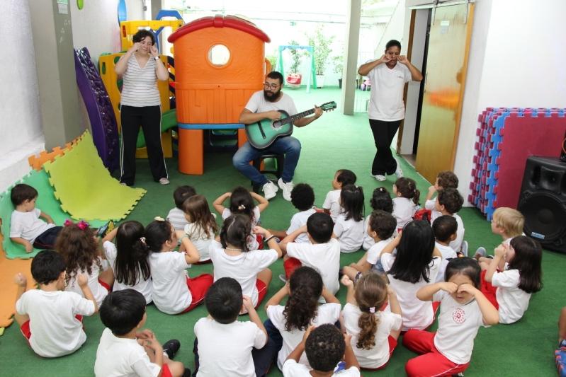 Escolas de Ensino Infantil com Música Jardins - Escola Ensino Infantil Teatro